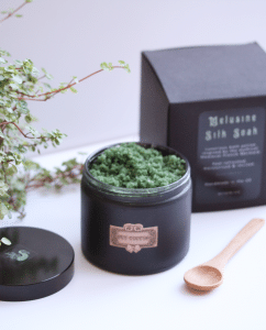 Melusine Silk Bath Soak - 270g Jar · MYTHYN