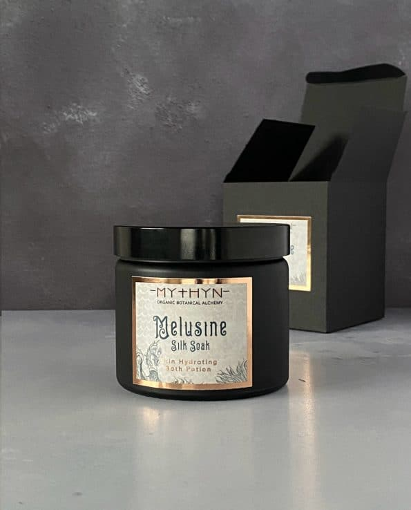 MELUSINE Silk Bath Soak · MYTHYN