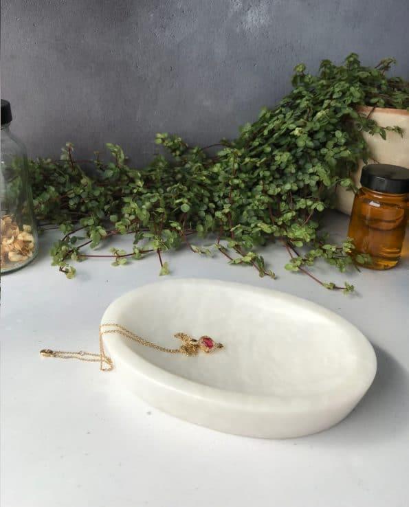 White Marble Dish - MYTHYN