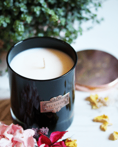 ELYSYN Sustainable Candle - MYTHYN