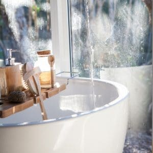 The best time to moisturise your skin - after a bath - MYTHYN