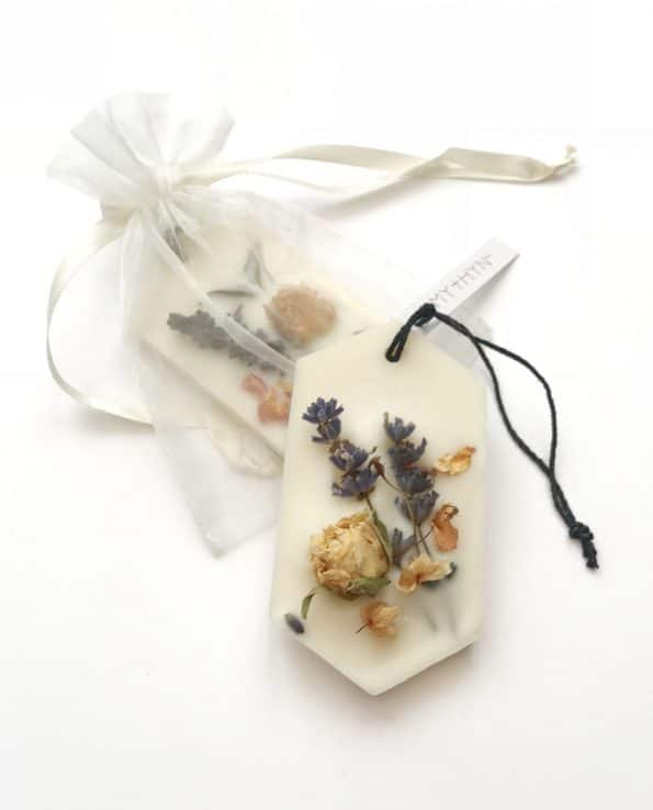Botanical Scented Wax Tablets - Lavender and Sandalwood · MYTHYN
