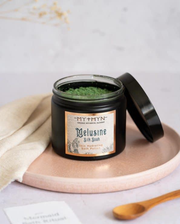 MELUSINE Silk Bath Soak · MYTHYN